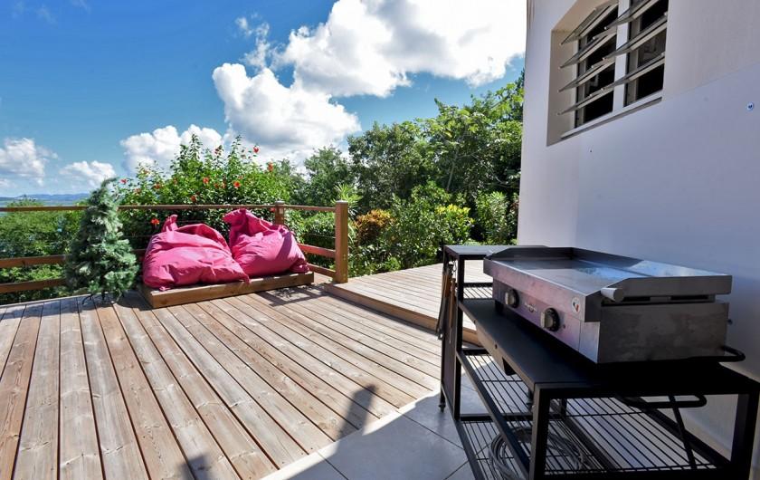 Location de vacances - Villa à Les Trois-Îlets - Coin grillade