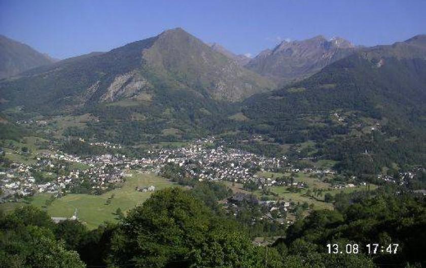 Location de vacances - Appartement à Luz-Saint-Sauveur - Vue splendide sur la vallée de Luz depuis le chalet