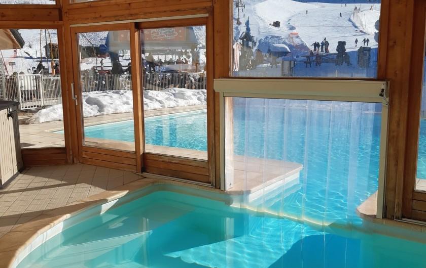 Location de vacances - Appartement à Les Orres - piscine toute SAISON