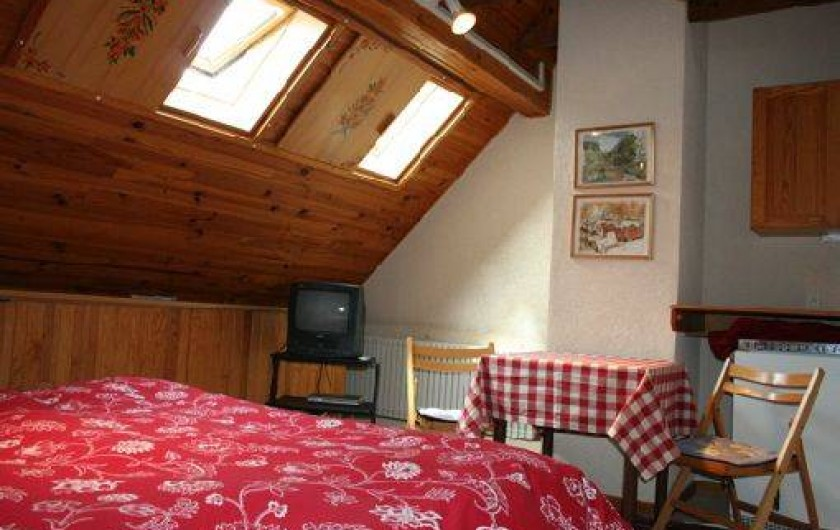 5 chambres d 39 h te dans le vignoble proximit de colmar katzenthal. Black Bedroom Furniture Sets. Home Design Ideas