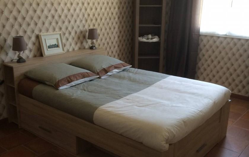 Location de vacances - Villa à Saint-Vivien-de-Médoc - Chambre Grand lit 2 personnes