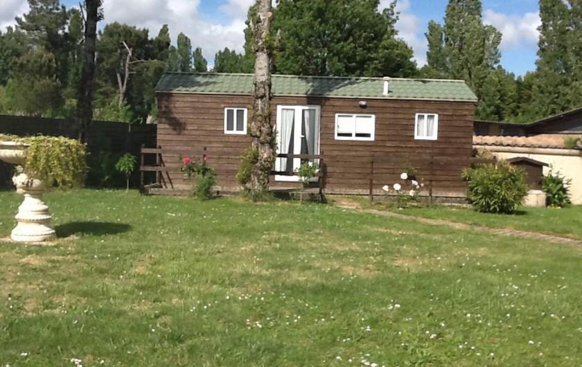 Location de vacances - Villa à Saint-Vivien-de-Médoc - Mobilhome proche de la maison  (possibilité  de couchages supplémentaires)