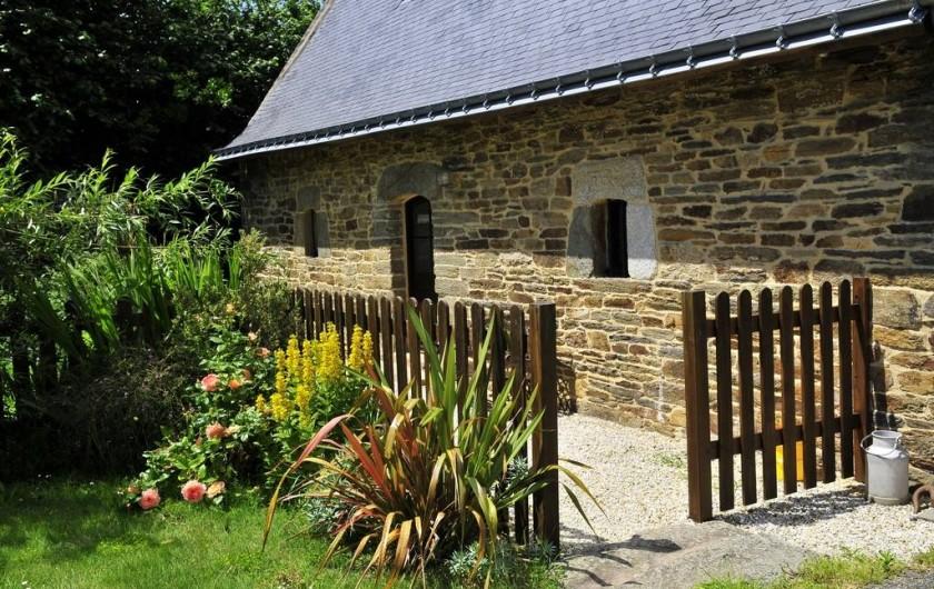 Location de vacances - Gîte à Clohars-Carnoët - Petit jardin et parking privés