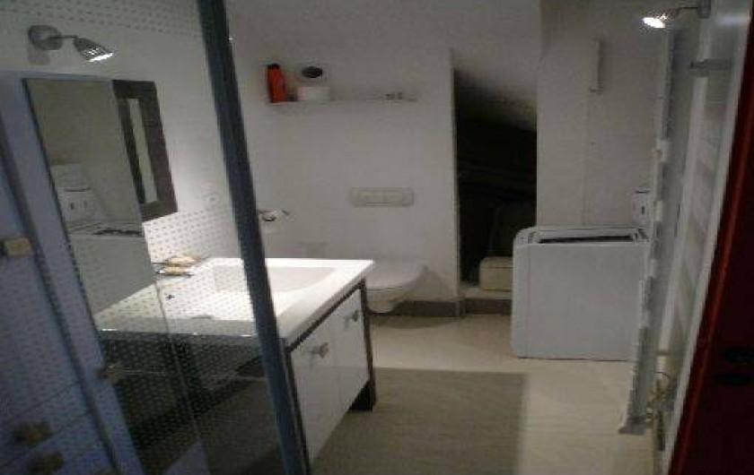 Location de vacances - Gîte à Grignan - salle de bain