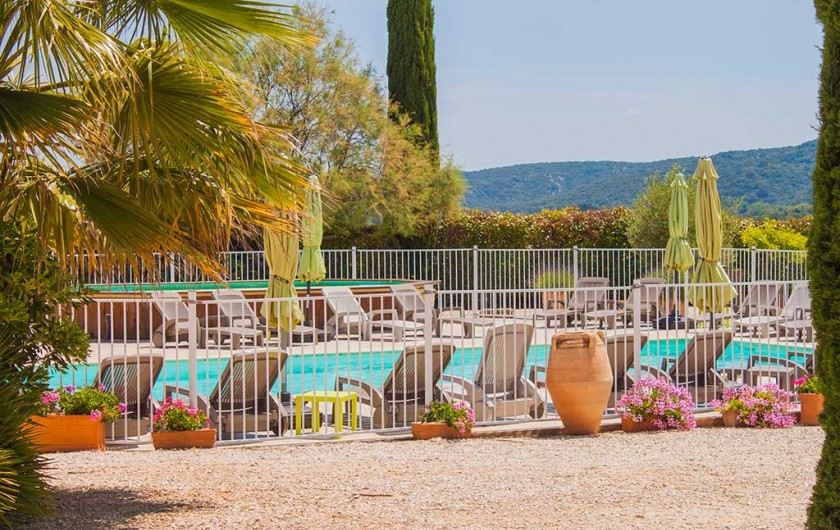 Le mas des sagnes village de g tes avec piscine for Camping pont du gard avec piscine