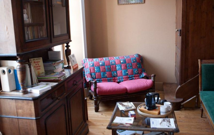 Location de vacances - Chambre d'hôtes à Cenans - Coin lecture