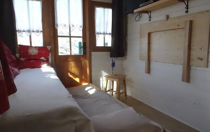 Location de vacances - Roulotte à Saint-Jean-le-Centenier - Couchage supplémentaire pour 2 enfants