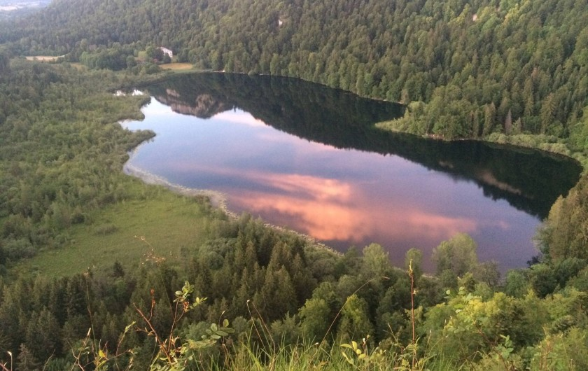 Location de vacances - Chalet à Bonlieu - Lace de Bonlieu depuis le belvédère de la Ronde