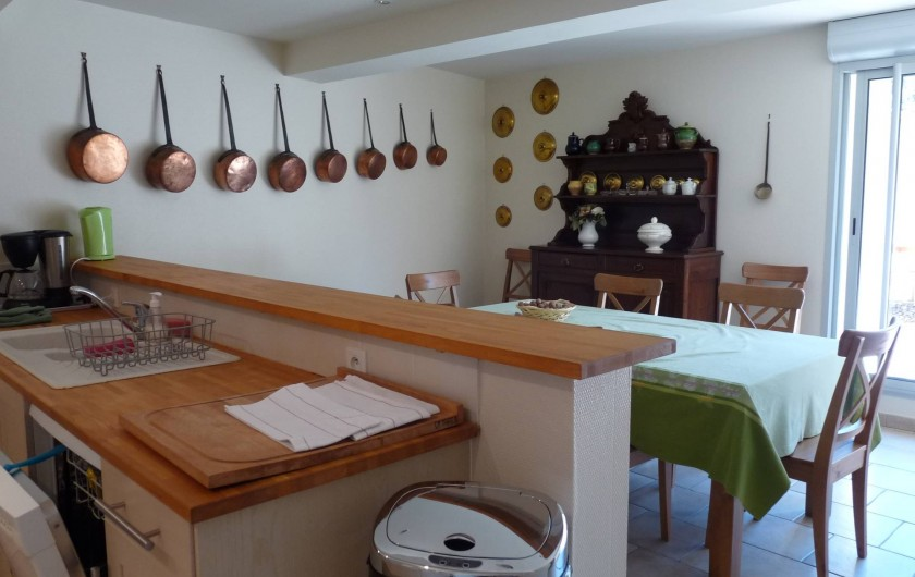 Location de vacances - Gîte à Cournanel - Cuisine séjour Gîte Adèle