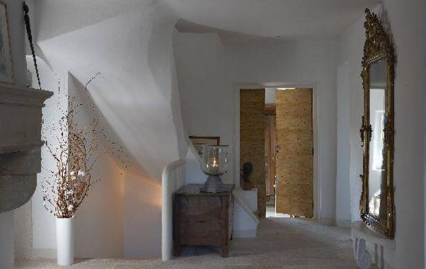 le moulin des sources gordes en provence au c ur du luberon avec piscine vaucluse. Black Bedroom Furniture Sets. Home Design Ideas