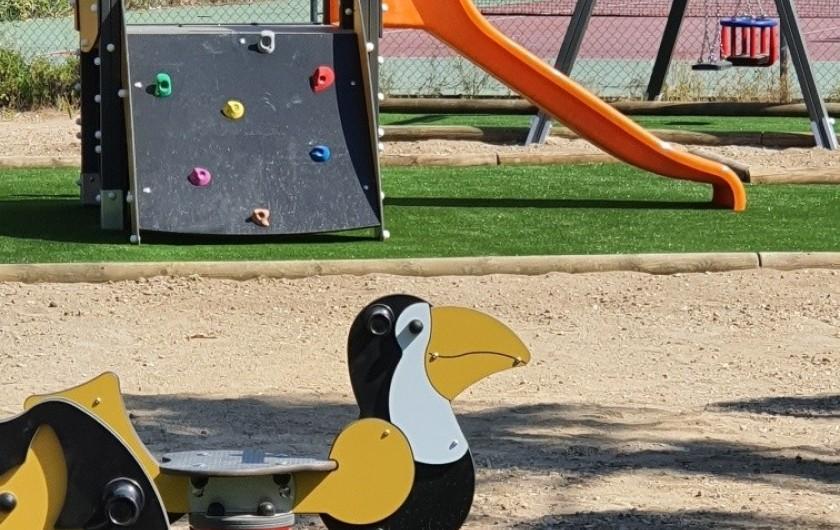 Location de vacances - Villa à Saint-Cyprien Plage - Aire de jeux enfants de la résidence