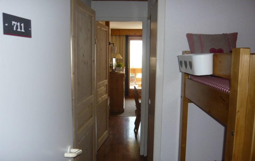Location de vacances - Appartement à Méribel-Mottaret - vue de l'appartement depuis le couloir