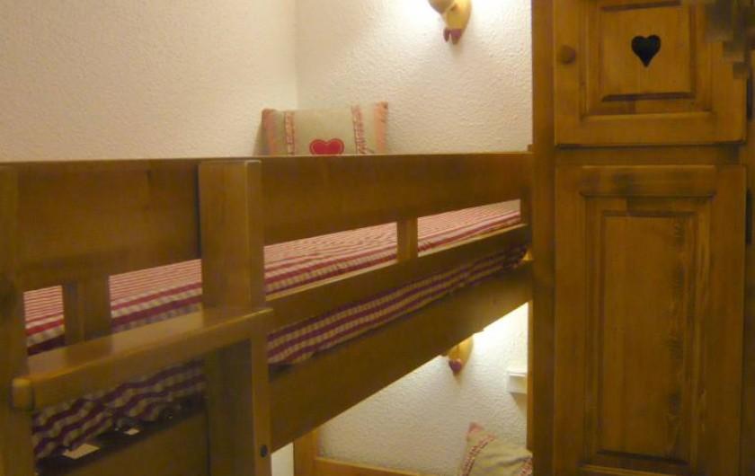 Location de vacances - Appartement à Méribel-Mottaret - chambre avec lits superposés
