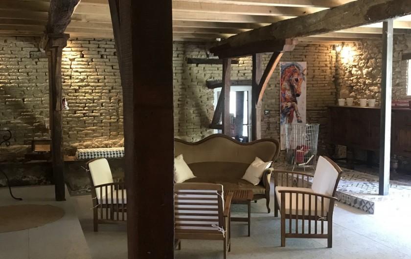 Location de vacances - Gîte à Vendine - Salon de l'entrée Sud