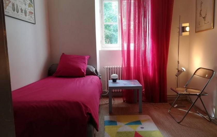 Location de vacances - Gîte à Saint-Georges-sur-Baulche - Petite chambre rose, au RDC