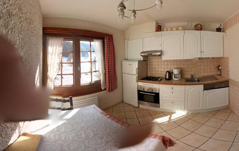 Location de vacances - Gîte à Habère-Poche - La cuisine équipée
