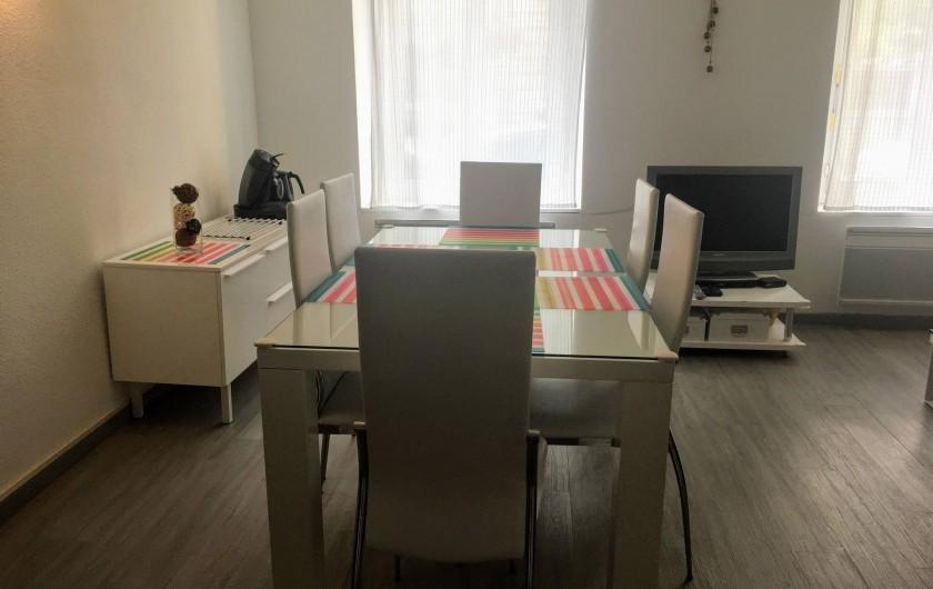 Location de vacances - Appartement à Cauterets - Vue depuis la cuisine