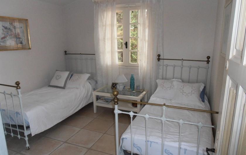 Location de vacances - Chambre d'hôtes à Ramatuelle - Chambre 2 lits 1°étage