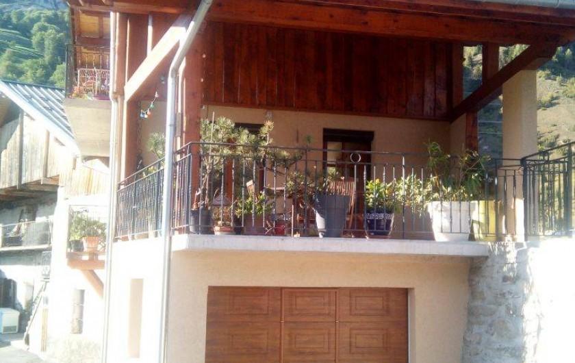 Location de vacances - Chalet à Bourg-Saint-Maurice - Belle terrasse et garage