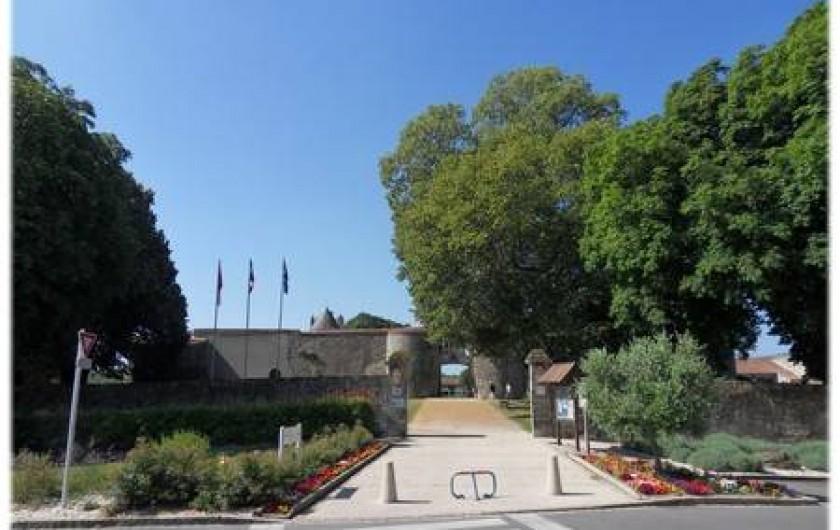 Location de vacances - Appartement à Apremont - Entrée Château d'Apremont