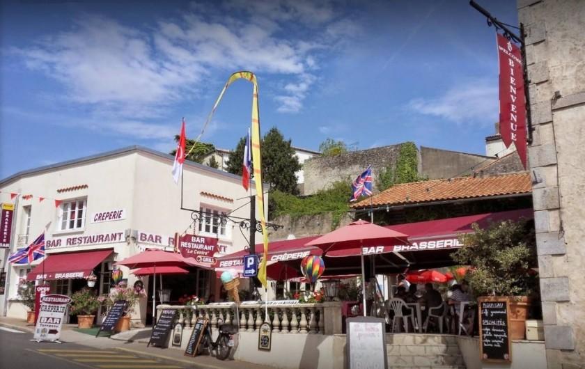 """Location de vacances - Appartement à Apremont - Restaurant """"le Centre"""" Apremont"""