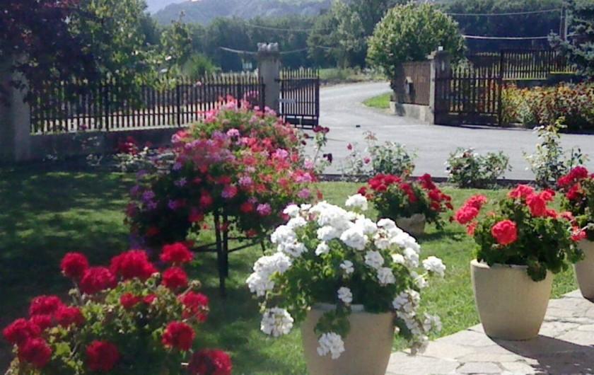 Location de vacances - Appartement à Avançon - terrasse