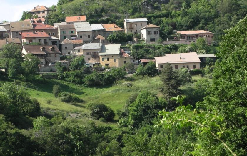 Location de vacances - Appartement à Avançon - village