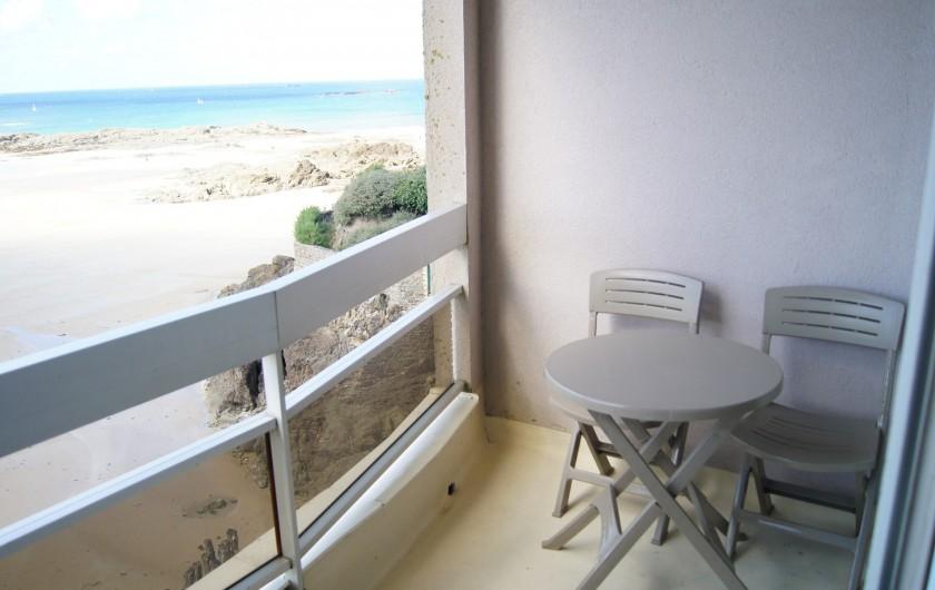 Location de vacances - Appartement à Saint-Malo - Balcon et mer