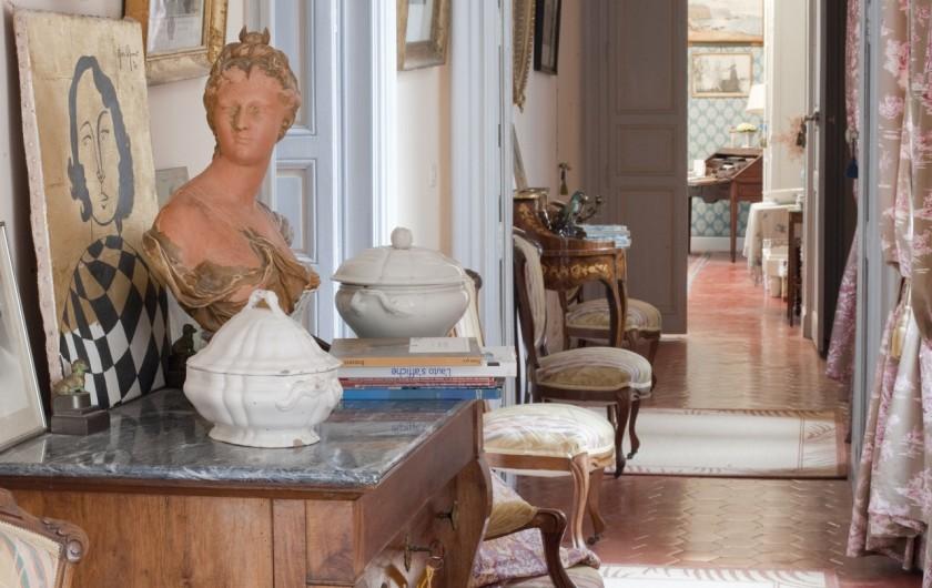 Location de vacances - Chambre d'hôtes à Béziers - étage des chambres