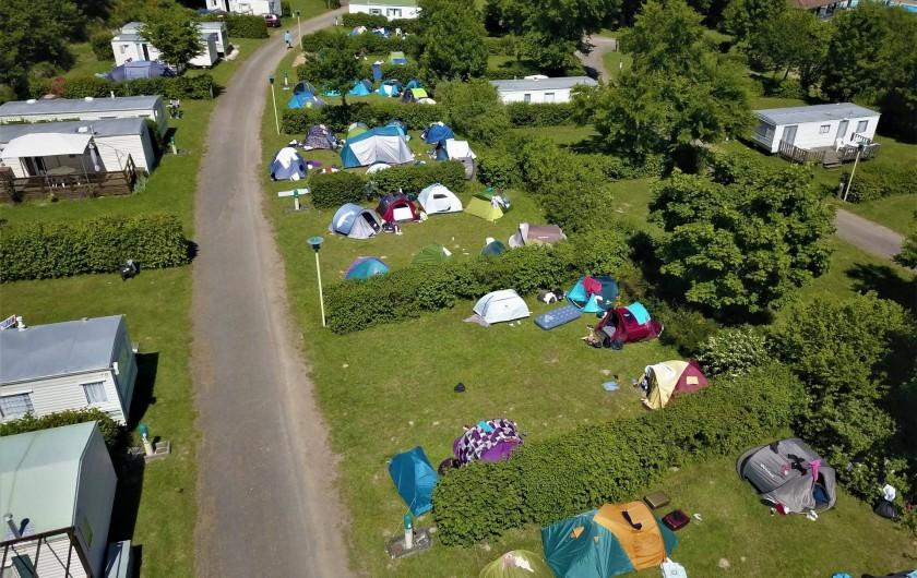 Location de vacances - Camping à Pressignac - Emplacements