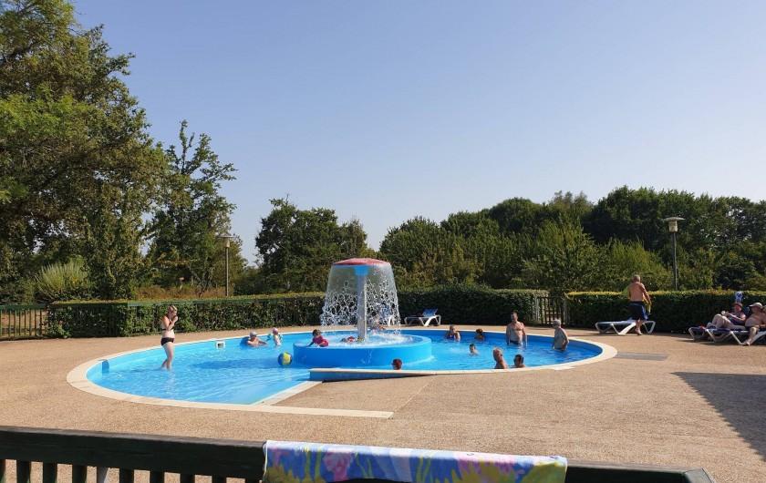 Location de vacances - Camping à Pressignac - Piscine extérieure