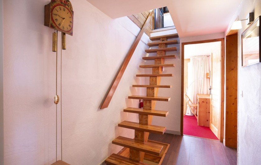 Location de vacances - Chalet à Bourg-Saint-Maurice - Escalier