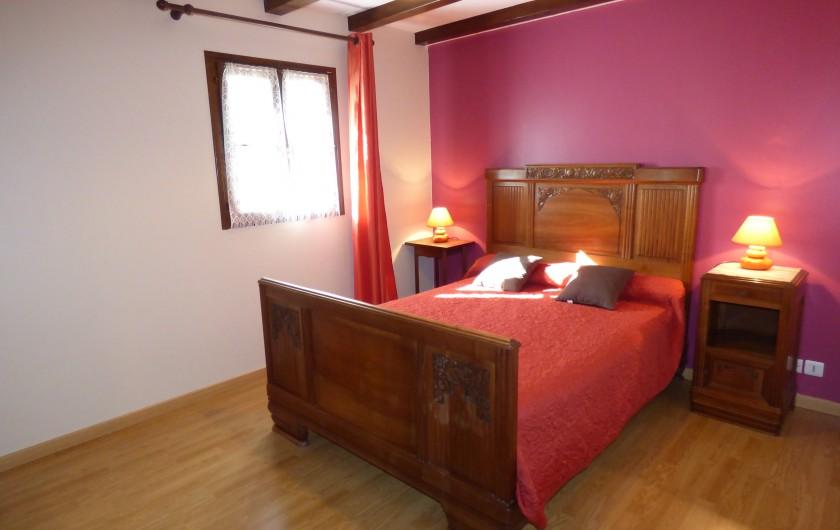 Location de vacances - Gîte à Saint-Étienne-de-Carlat - Cambre Nr: 4 au RDC avec lit 140/190