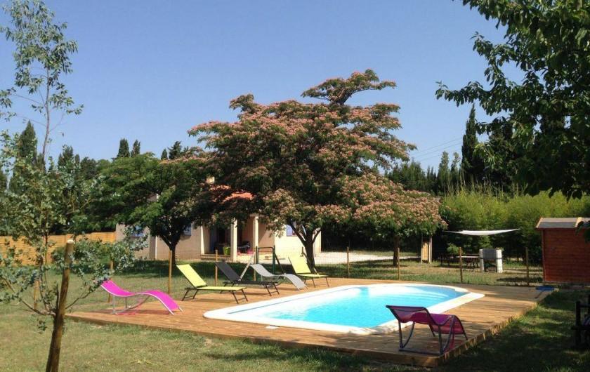 Location de vacances - Villa à Camélas - jardin piscine