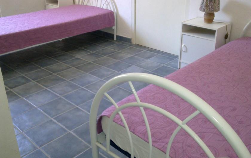 Location de vacances - Chambre d'hôtes à Chassagnes - Gîte : chambre 3