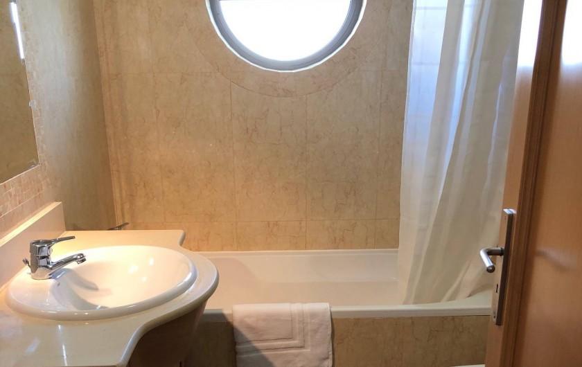 Location de vacances - Appartement à Olhos de Água - Salle de bains