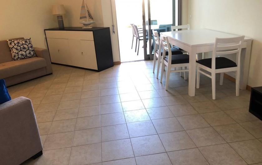 Location de vacances - Appartement à Olhos de Água - Le salon- salle à manger