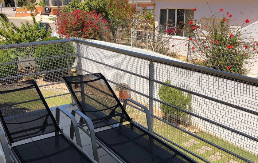 Location de vacances - Appartement à Olhos de Água - Terrasse arrière au calme