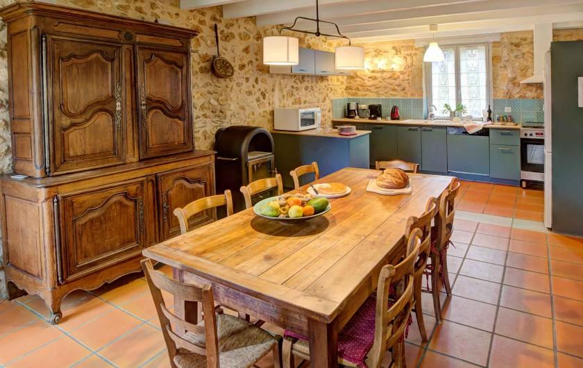 Location de vacances - Gîte à Issac - ambiance séjour