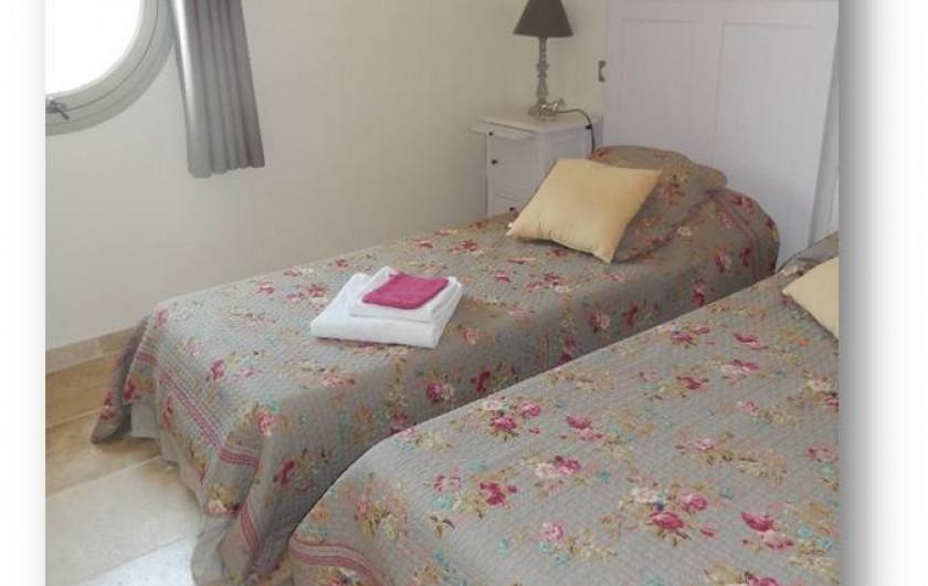 Location de vacances - Villa à La Redorte - Chambre 3, 2 lits simple à l'étage