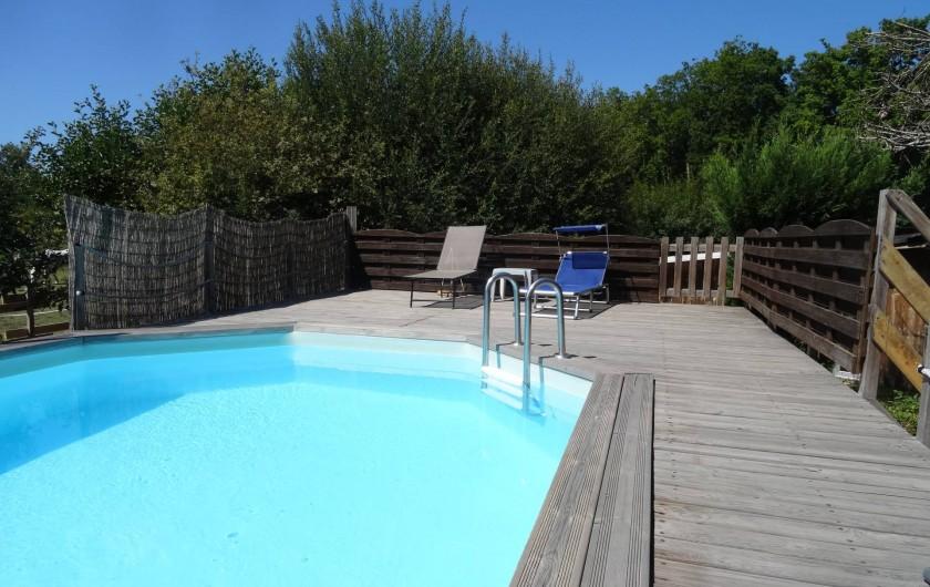 Location de vacances - Villa à Audenge - Piscine privée, vue sur prairie avec chevaux et couché de soleil