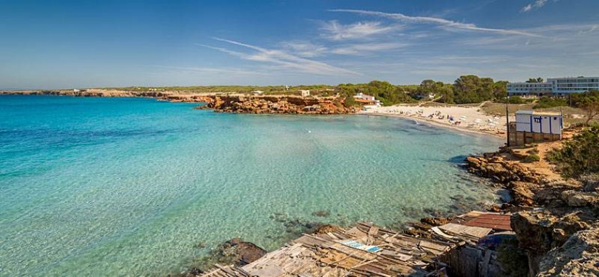 The house is 300m away from cala saona beach