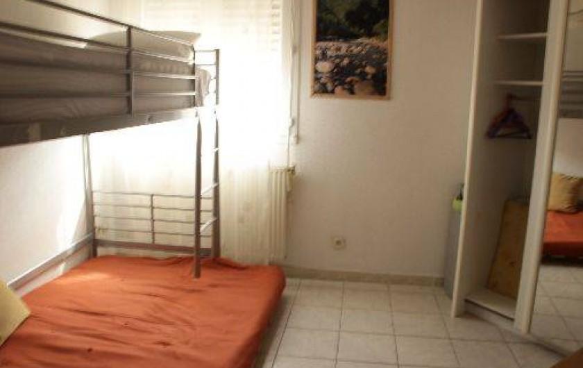 Location de vacances - Appartement à Sète - 1 ere chambre pour 4 couchages