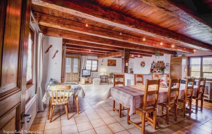Location de vacances - Villa à Jebsheim - Un spacieux séjour pour des tablées conviviales