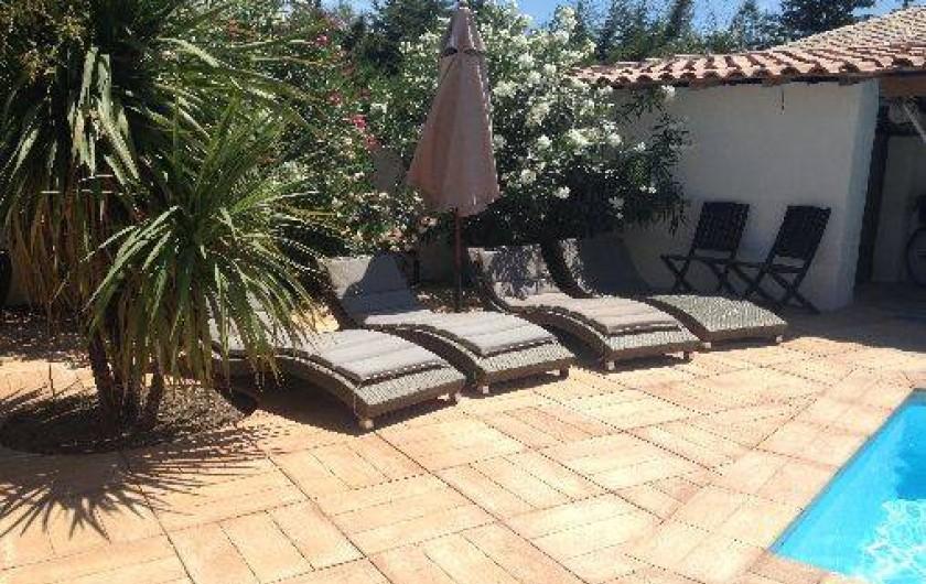 Location de vacances - Villa à Pérols - bains de soleil