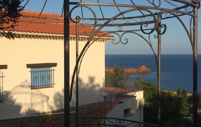 Location de vacances - Villa à Anthéor - Gloriette point de vue pour les couchers de soleil.
