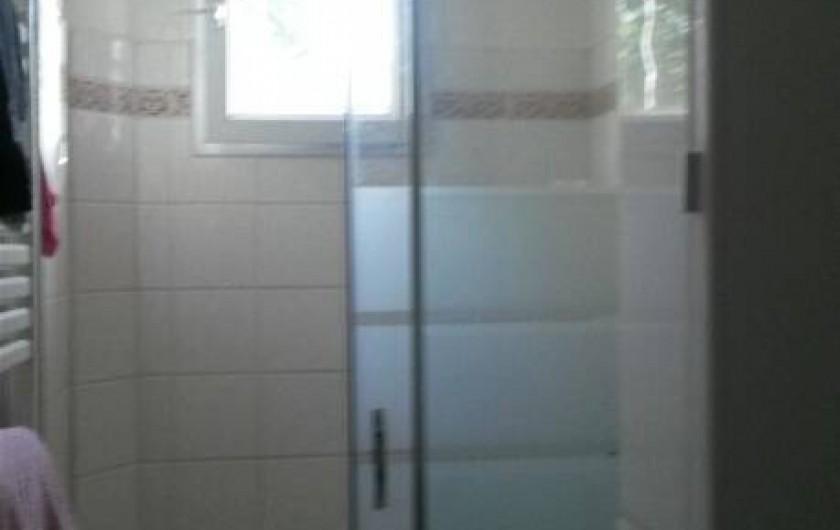 Location de vacances - Appartement à Sainte-Maxime - douche