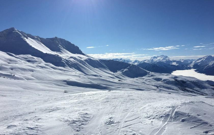 Location de vacances - Chalet à Les Avanchers-Valmorel - le domaine skiable de Valmorel-Saint Francois Longchamps.