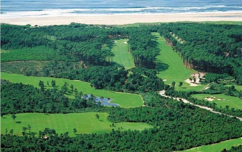 Location de vacances - Appartement à Moliets-et-Maa - vue aérienne du golf . trou N° 17 à droite