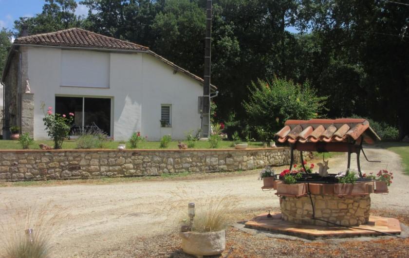 Location de vacances - Gîte à Fourcès - VUE DU PROPRIÉTAIRE VERS LE GITE